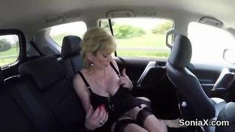 Adulterous britain mature lady sonia reveals her large tits52Uf