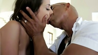 Astounding slim and buxom blonde Shane Diesel delivers really bad fats long BBC