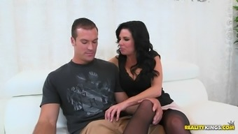 cock-hungry person-in-charge veronica avluv is getting her new staff member