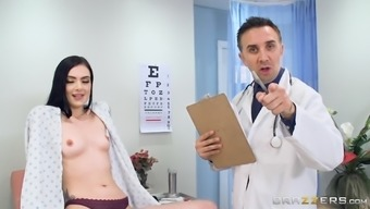 Have to deal with of a new hottie Marley Brinx deserves a big bad fats load of hot sperms