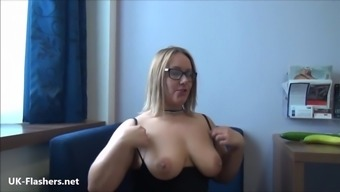 Exhibitionist milf Ashley Cyclists pulsating outdoors in government departments