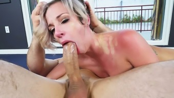 To expend calories slutty nympho Jada Stevens tours her coach's solid lift