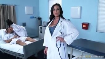 A fortunate bloke fucks a gorgeous clinician and hot ladies medical professional immediately