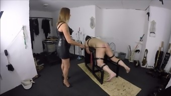 Female friend V Pounding Her machine