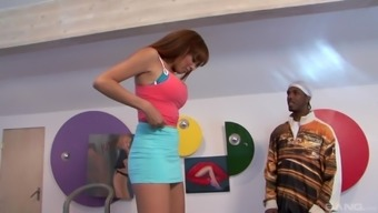 Ebony hen Serena Ali distributes her legs simultaneously for getting a exemplary lover's cock