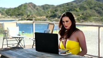 Kendra Lust enjoys being entered using a a handful of lovers