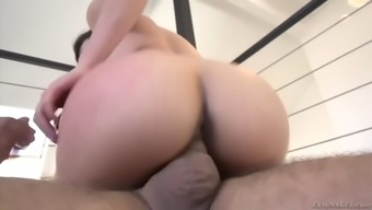 flexible oriental fuck toy cindy starfall gets almost fucked by ramón nomar