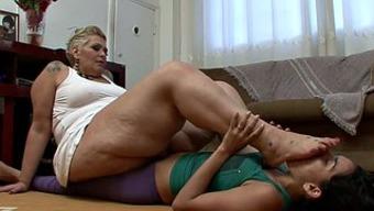 Huge bad fats blonde milf by using a leg fetish gets pleasured