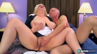 Great titties and butt mature blond receives ok pussy jazzing up