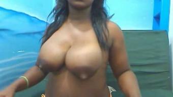 Blackgirl milking in cam 2nd Ebony Hilary Popping