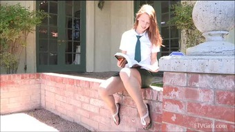 Risi Adores Tickling Her Clit Publicly