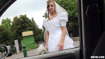 Cute Bride With A Brushed Pussy Having fun A Great Christian missionary Trend Fuck Inside a Auto