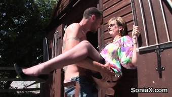 Betraying the english language mature female sonia exposes her big breas