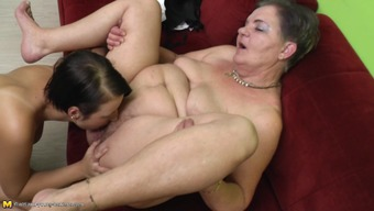 Granny delivers the best intercourse or her life span utilizing a lesbian young adult slut