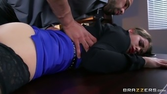 Distorted boss seduces youthful secretary and provides her words occupation