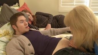 Senior slut seduces him into betraying together soppy pussy