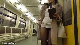 Jeny Smith pantyhose subway pussy sparkle