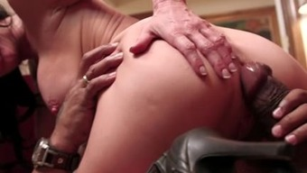 Veronica Avluv Fucked By Paramount Cock