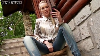 Naughty Jenny Simons receives a difficult deepthroat outside in POV