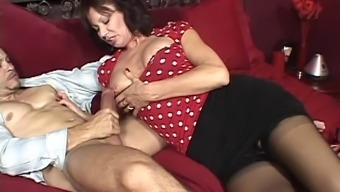 Plus sized Grown Female Swallows Cums After Giving Her Bloke A Handjob