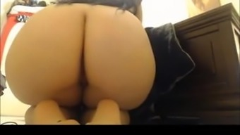 Veronica farting high in volume