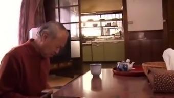 NSPS 269 MusumeHara Chigusa and Grandpa Enjoy it !