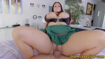 Bigtits currency pair model loves riding challenging shaft
