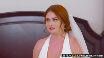 Brazzers - Brazzers Exxtra - Dirty Bride market starring Lenn