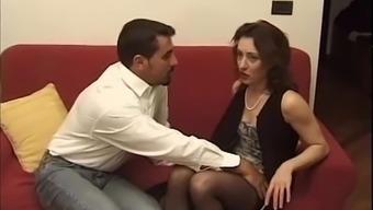 Moglie infedele  italiana vogliosa di cazzo - Italian cheating wife cock craving