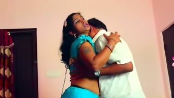 Bhabhi sex in bedroom
