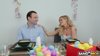 Perverted bf gets a top notch blowjob from impious infant Jessa Rhodes