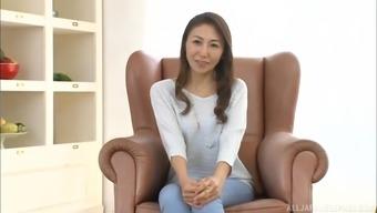Naive Hikari Satomari and lastly agrees to acquire fun with a pal