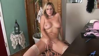 Emotional big breasted blonde lady Jodi West wanna pet her own twat