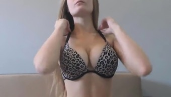 Hot Baby with the use of Natural Large Boobs Masturbates
