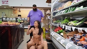 Quickie fucking in the public place with horny Asian Kimmy Kimm