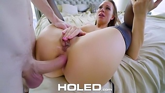 There's no wrong hole for Aidra Fox and she loves to get fucked in the ass