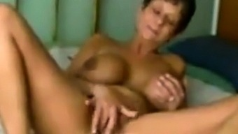amateur mature aunt fucked well