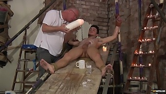 Amateur man enjoys being tied up and gets a blowjob from a perv