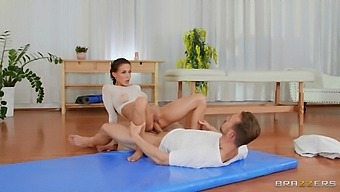 Oiled babe receives the best massage and the deepest fuck