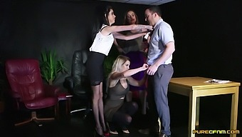 Deep cock sharing CFNM at the office with a horny male