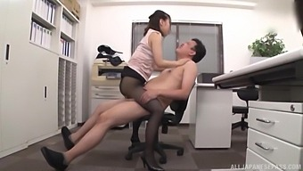 Naughty secretary Kase Kanako gets her hands on a hard shaft