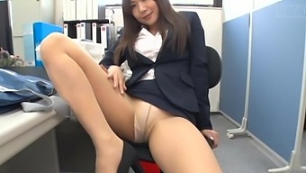 Sexy secretary enjoys teasing her boss with her fit butt. HD