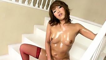Big breasted beauty Akiho Nishimura riding a large dildo