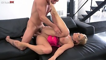 Busty hooker Maya Hills is fucked in anal hole after a deepthroat blowjob session