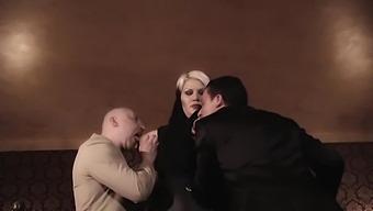 Big Phat Babe Threesome Fetish Hd