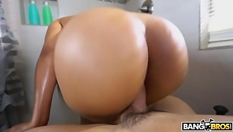 Peter Green is spying on big ass Latina Rose Monroe masturbating in the bathroom