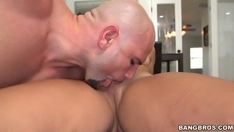 adrian maya gets her fat macronutrients ebony pussy licked and tapped