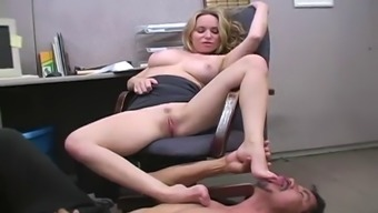 fetsh place of work enjoyable considering the horny blonde aiden starr