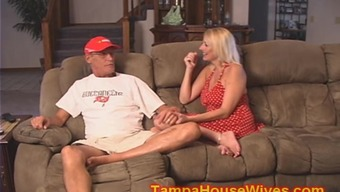 Husband and wife USE their personal slutty Little one Babysitter