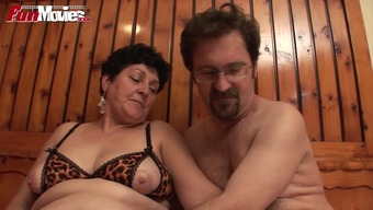 Swingers plan soiled orgy within the sauna